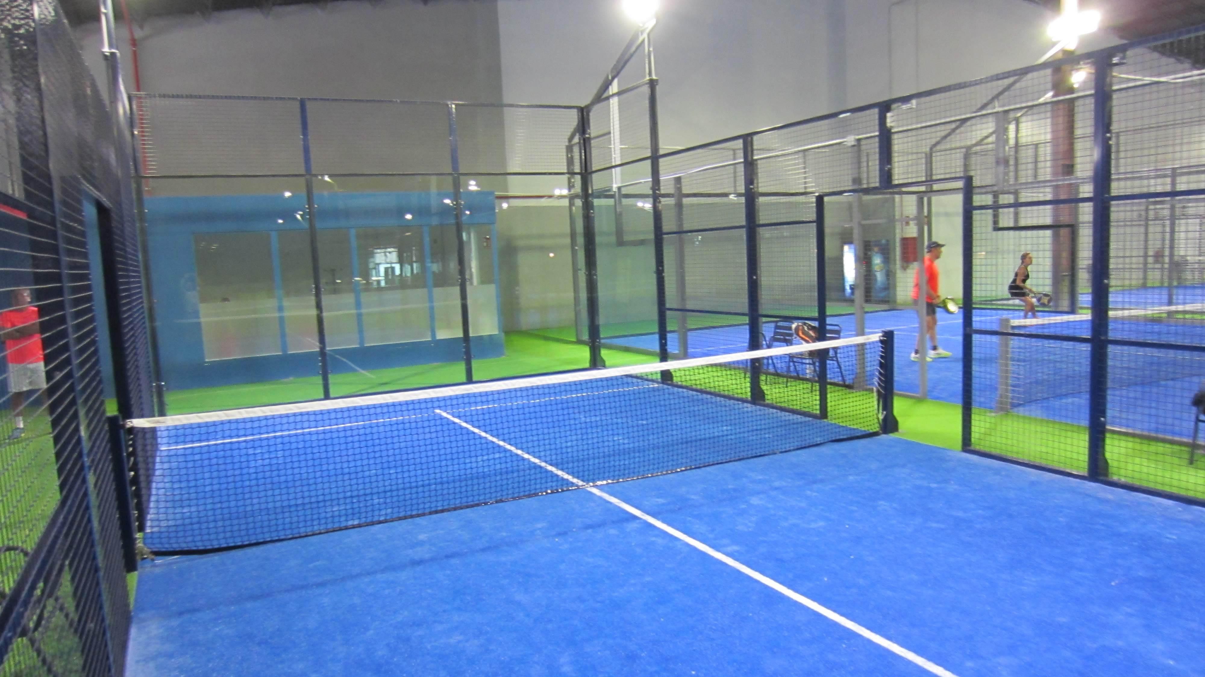 1 pista de 6 x 12 para niños de 4 a 9 años, entrenamientos y competición